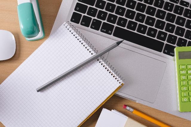 PCとノートの図